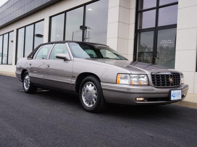 1998 Cadillac DeVille | 945238