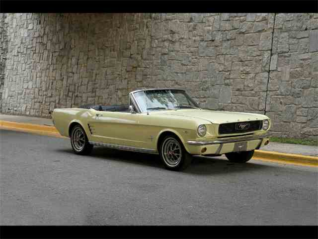 1966 Ford Mustang | 945271