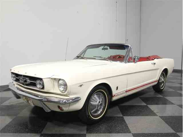1965 Ford Mustang | 945364