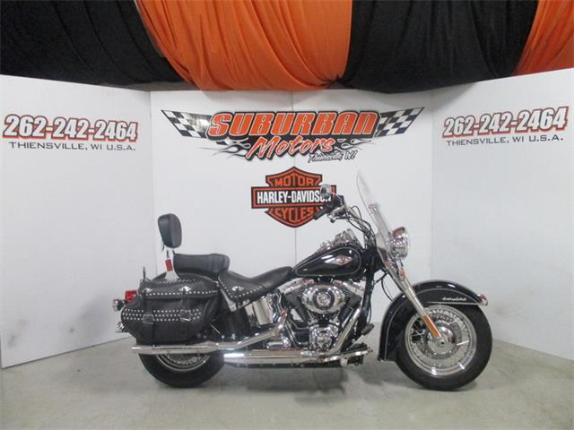 2015 Harley-Davidson® FLSTC - Heritage Softail® Classic | 945451