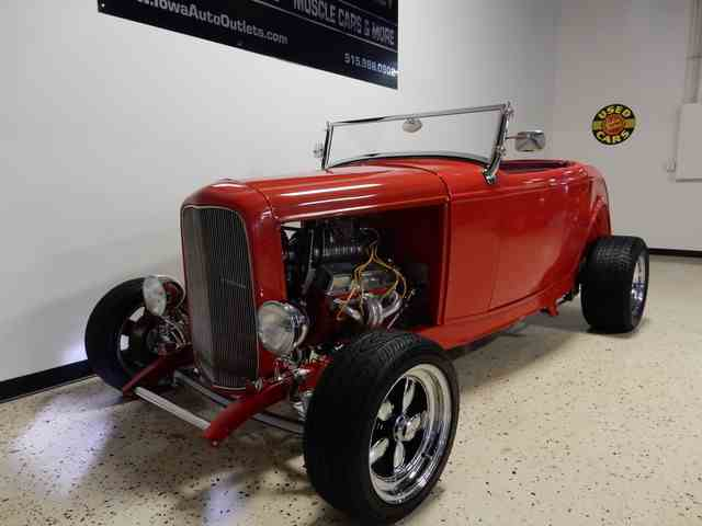 1932 Ford Roadster | 940548