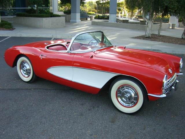 1957 Chevrolet Corvette | 945529
