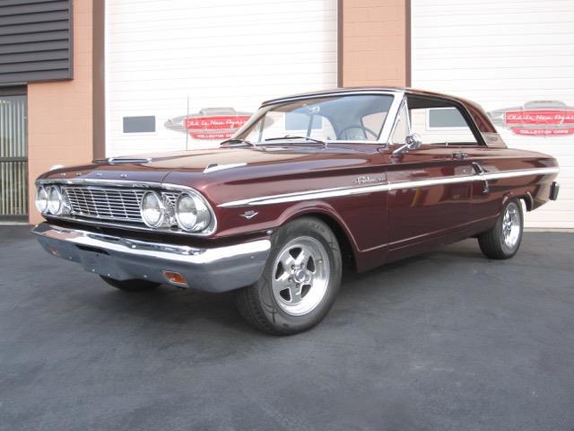 1964 Ford Fairlane 500 | 945541