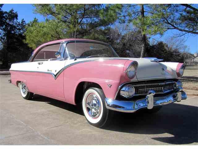 1955 Ford Victoria | 945561