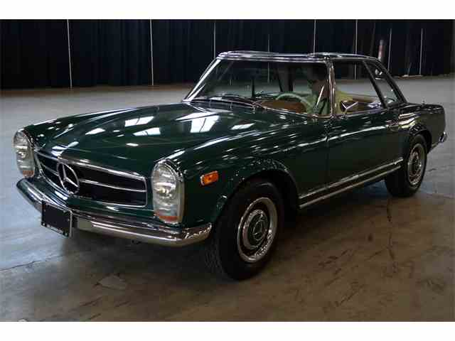 1967 Mercedes-Benz 230SL | 945569