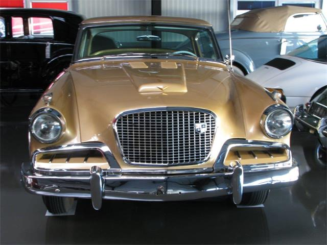 1957 Studebaker Golden Hawk | 945658