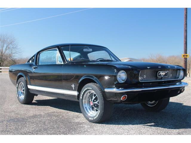 1965 Ford Mustang | 945772
