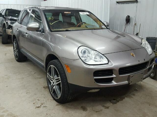 2004 Porsche Cayenne | 945779