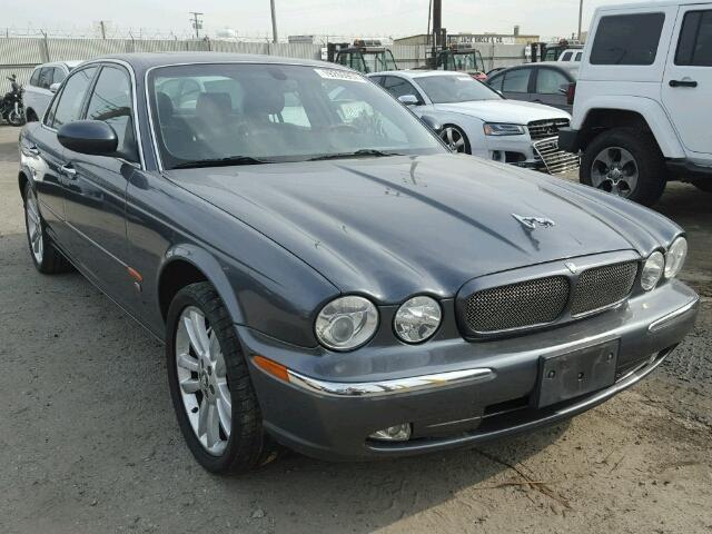 2004 Jaguar XJR | 945784
