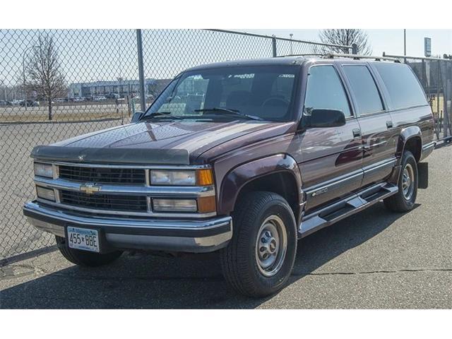 1995 Chevrolet Suburban | 940587