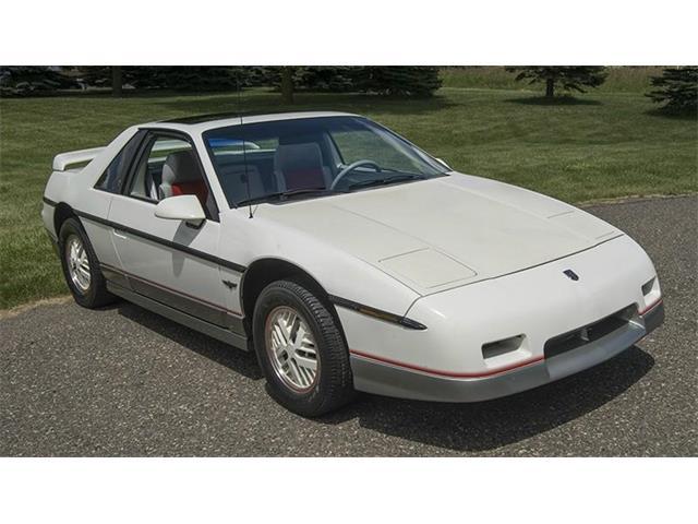 1984 Pontiac Fiero | 940589