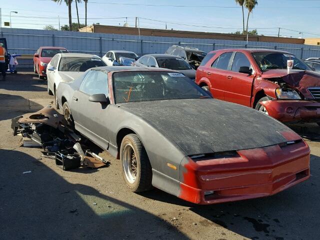 1990 Pontiac Firebird | 945910