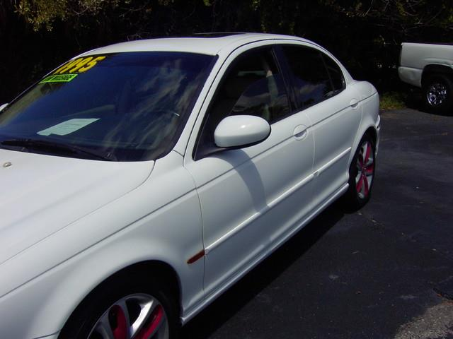 2002 Jaguar X-Type | 946067