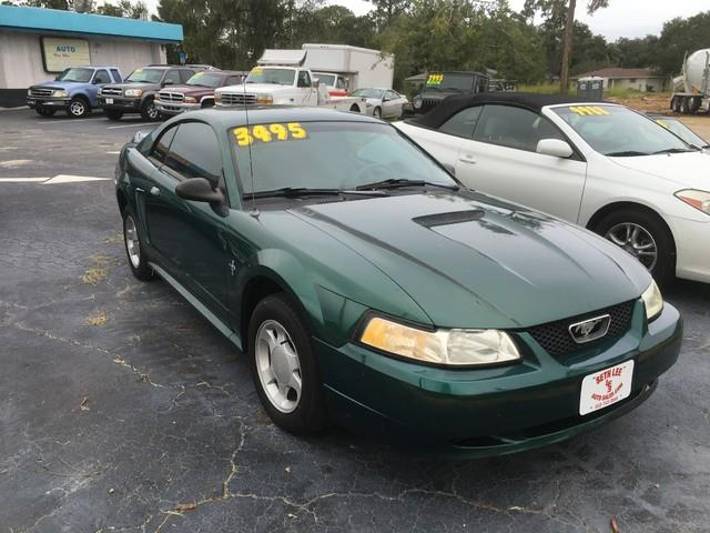 2000 Ford Mustang | 946073