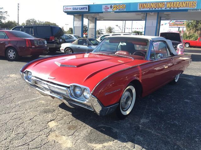 1961 Ford Thunderbird   946121