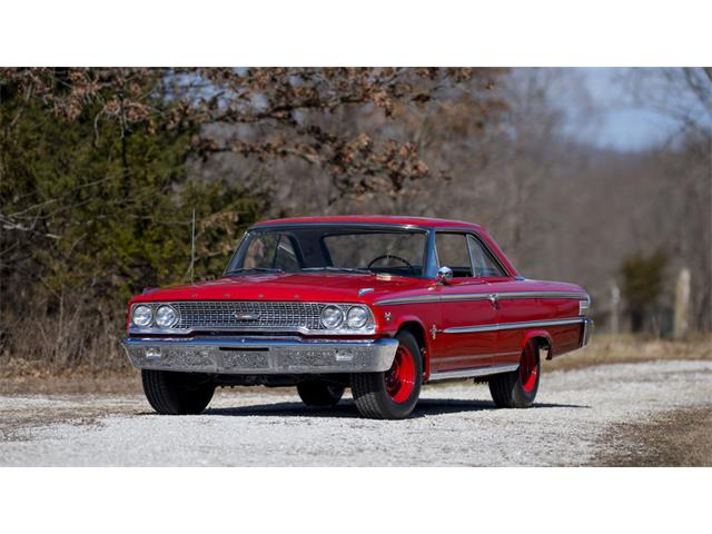 1963 Ford Galaxie 500 | 946138