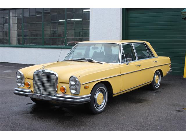 1972 Mercedes-Benz 300SE   946157
