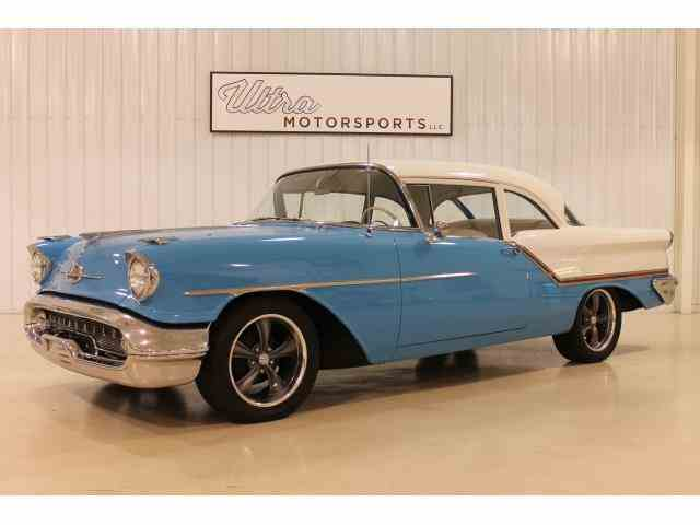 1957 Oldsmobile Super 88 | 946220