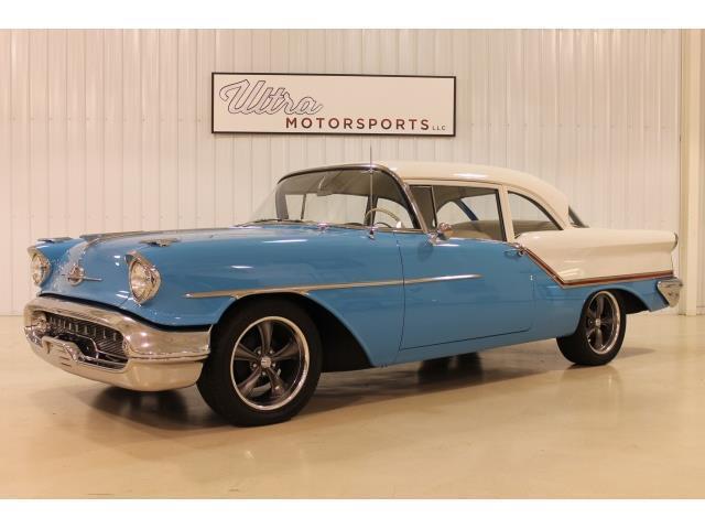 1957 Oldsmobile Super 88 | 946220