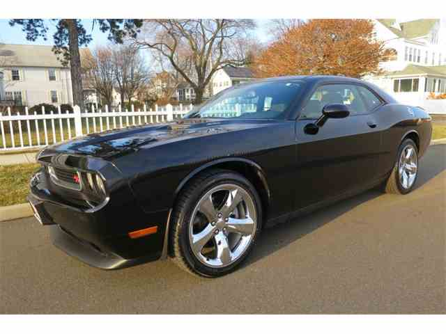 2014 Dodge Challenger | 946267