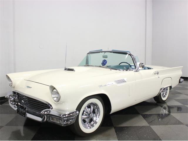 1957 Ford Thunderbird | 946303