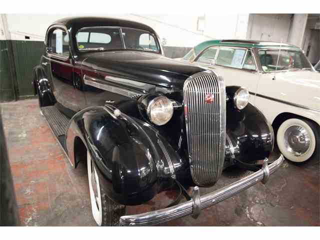 1935 Buick Three Window | 946338