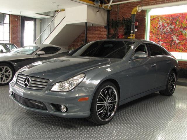 2006 Mercedes-Benz CLS-Class | 940666