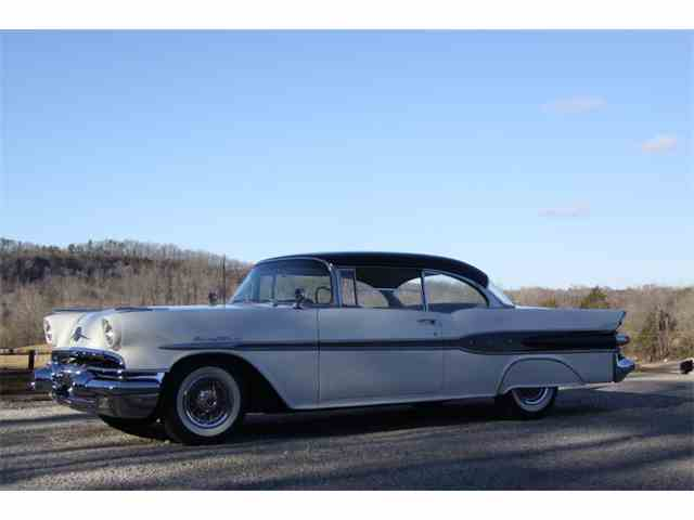 1957 Pontiac Chieftain | 946690