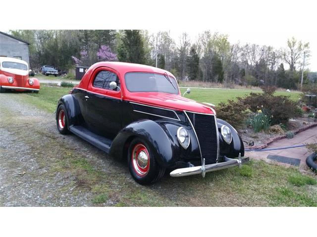 1937 Ford Coupe | 946707