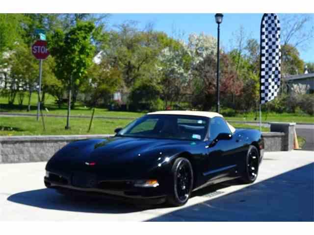 2000 Chevrolet Corvette | 946766