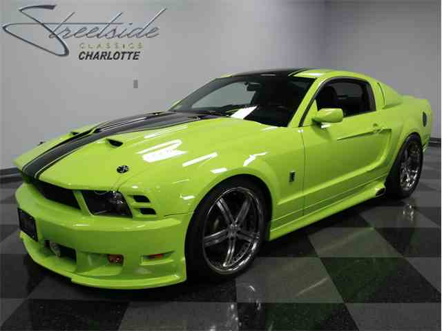 2006 Ford Mustang GT | 946818