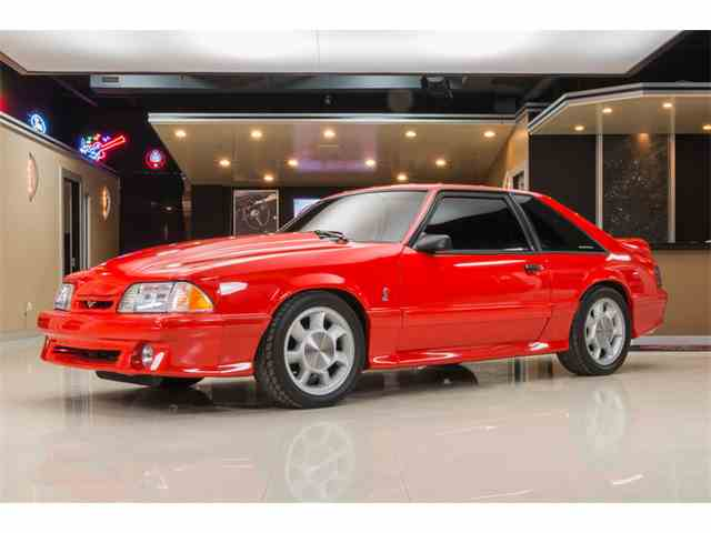 1993 Ford Mustang | 946829