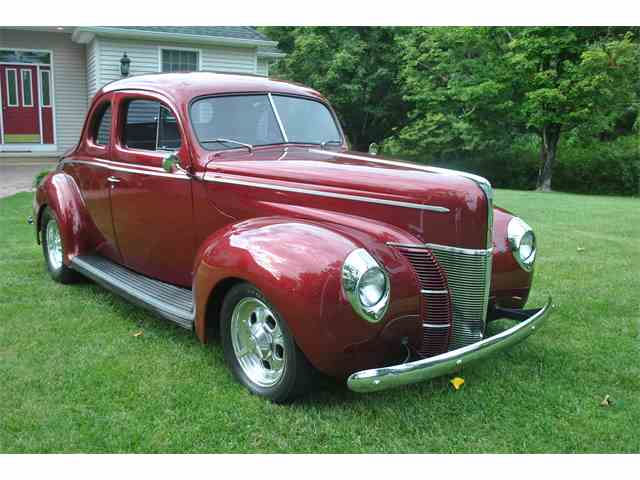 1940 Ford Deluxe Coupe | 946851