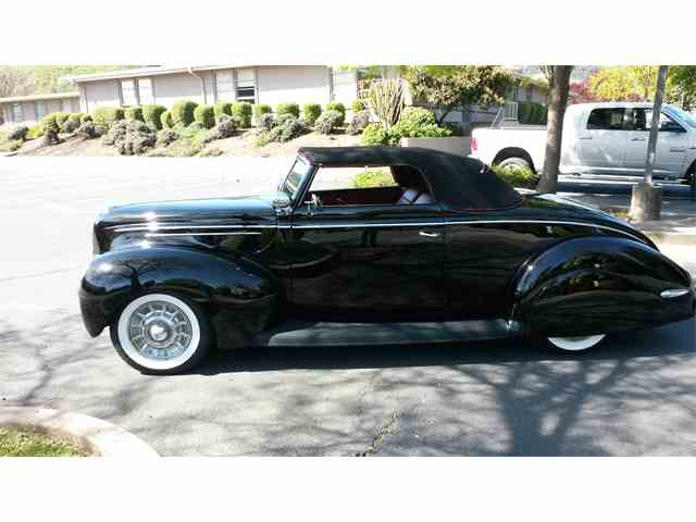 1939 Ford Convertible | 946894