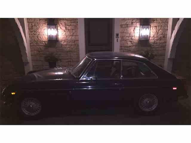 1972 MG B GT | 946932
