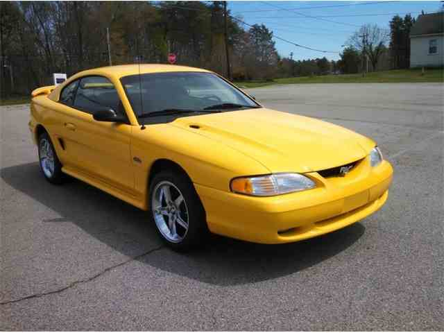 1998 Ford Mustang GT | 940697