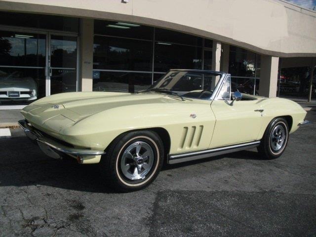 1965 Chevrolet Corvette | 946976
