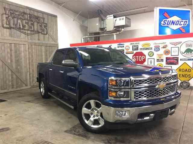 2015 Chevrolet Silverado   947046