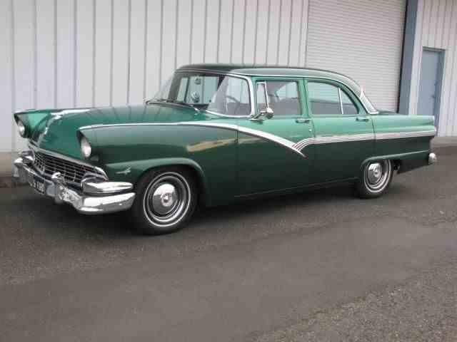 1956 Ford Fairlane | 947191