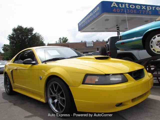 2004 Ford Mustang | 947257
