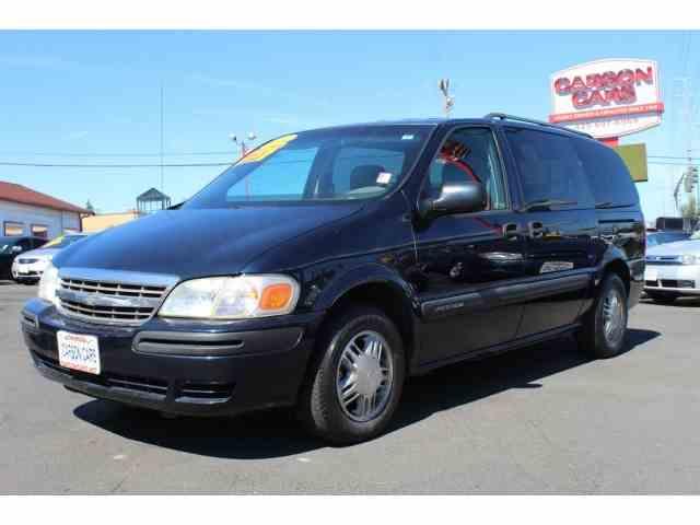 2004 Chevrolet Van | 947344
