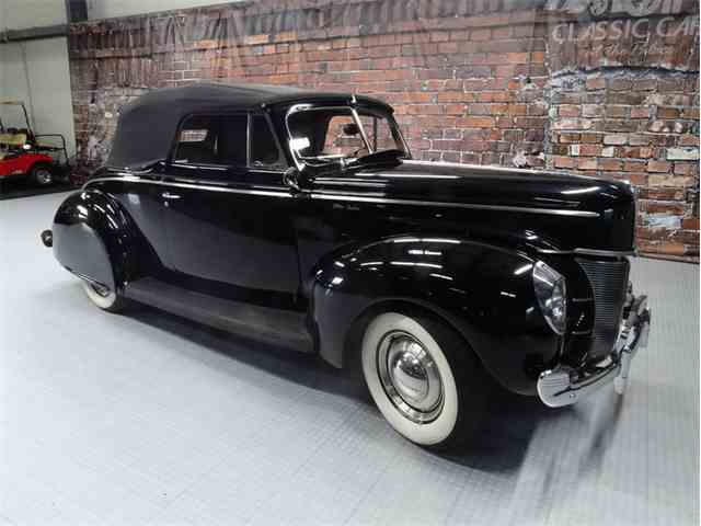 1940 Ford Deluxe | 947398
