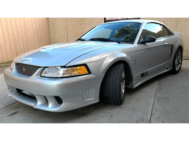2000 Ford Mustang | 947402