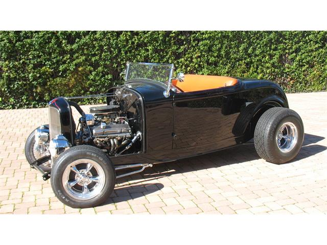1932 Ford Roadster | 947404