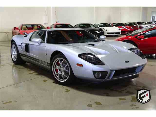 2005 Ford GT | 947422