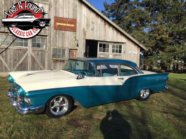 1957 Ford Fairlane 500 | 940746