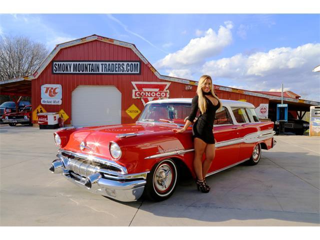 1957 Pontiac Safari   947645