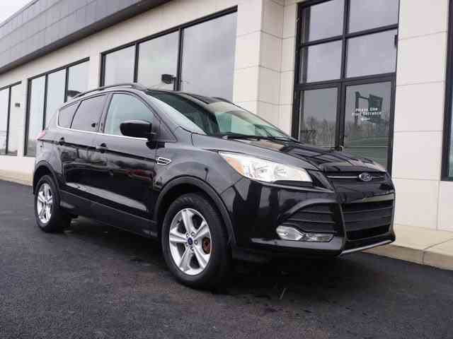 2014 Ford Escape | 947657