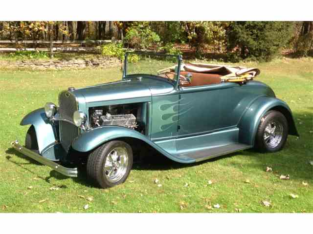 1930 Ford Roadster | 947725