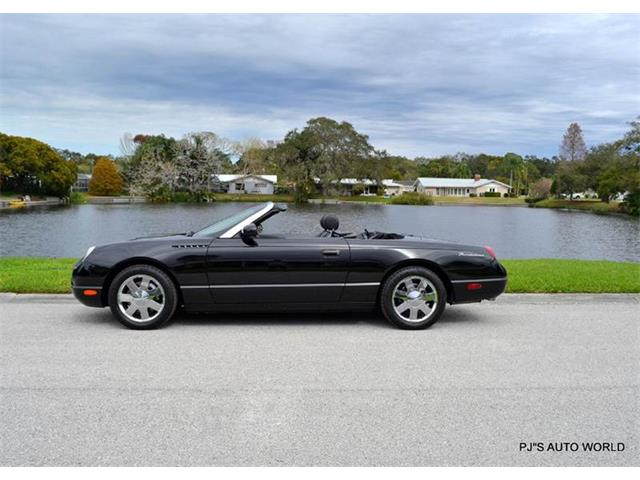 2002 Ford Thunderbird | 947783